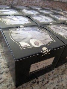 Halloween cupcake box with label