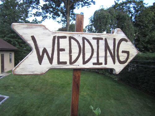 wooden wedding sign | spotofteadesigns.com