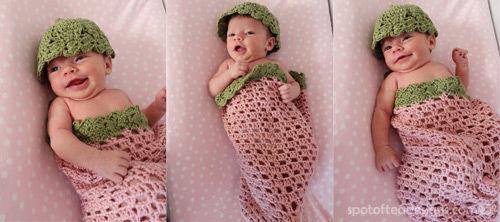 Handmade Strawberry themed Crocheted Pod for Baby Photo Shoots | spotofteadesigns.com