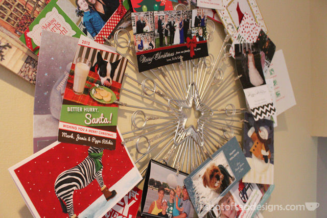 Christmas Card Wreath | spotofteadesigns.com
