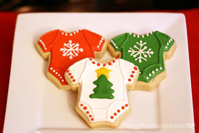 Baby's First Christmas onesie sugar cookies made by Cherylin T as featured on spotofteadesigns.com