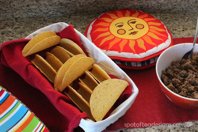 Group Dinner Idea: Tips for a great TACO bar. Use this soft tortilla warmer!   spotofteadesigns.com