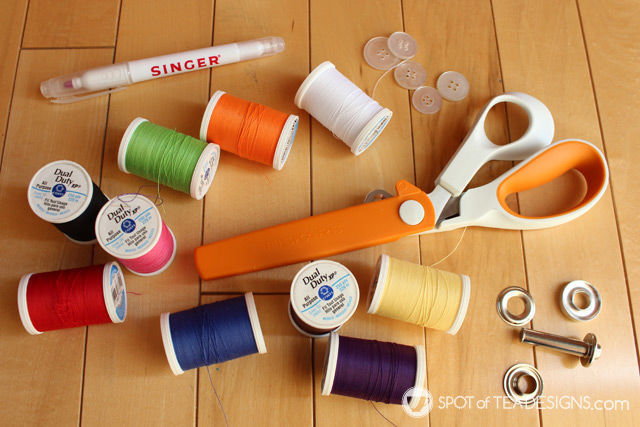 Supplies for use when making a felt quiet book for #toddlers | spotofteadesigns.com