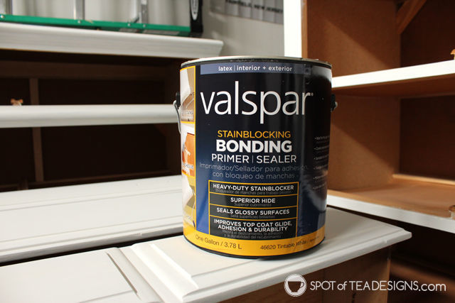 #Nursery Furniture Makeover - @Valspar_Paint Prime paint| spotofteadesigns.com
