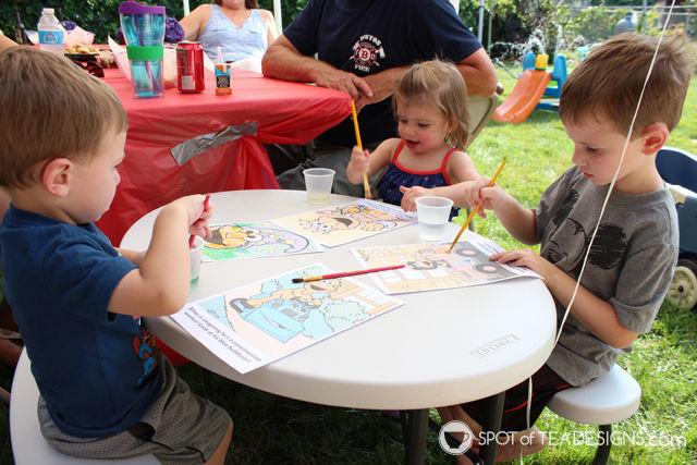 Elmo 2nd #Birthday #Party - craft activity | spotofteadesigns.com