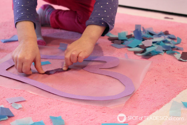 Fun & Easy Winter Kids Craft - Mitten Sun Catchers using @ContactBrand paper | spotofteadesigns.com