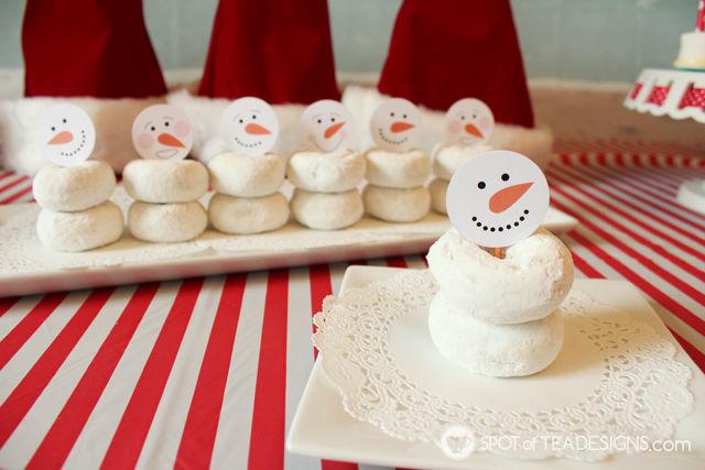 Snowman Doughnut snacks with free #printable - Spotofteadesigns.com