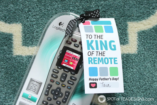 King of the Remote Father's Day gift idea and free printable tag | spotofteadesigns.com