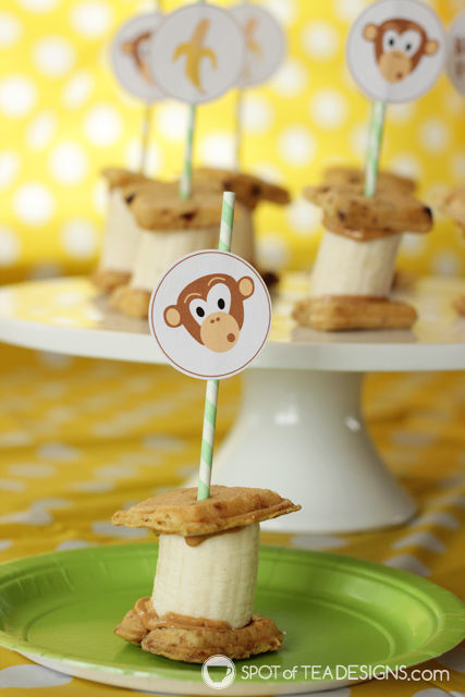 Peanut Butter Banana Bites - toddler and mom approved snack! #ad #LeggoMyEggo #HearTheNews @EggoRecipes | spotofteadesigns.com