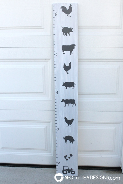 DIY portable growth chart for baby nursery featuring farm design | spotofteadesigns.com