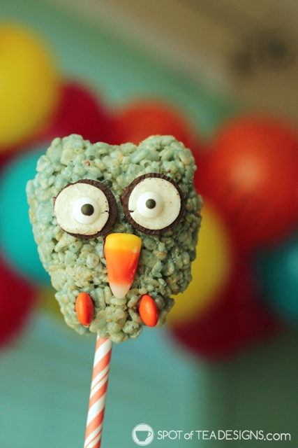 O the Owl Rice Krispies Treats Pops - Daniel Tiger Party Dessert Idea | spotofteadesigns.com