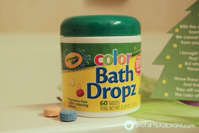 Elf on the shelf green bathtub activity with free printable | spotofteadesigns.com