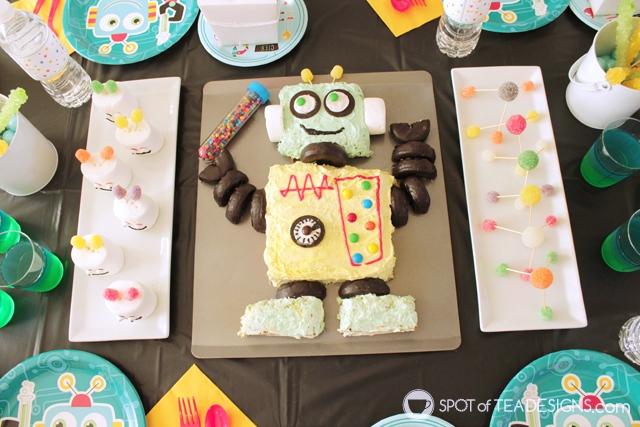 Turn a 13 x 9 sheet cake into a homemade robot cake following this tutorial | spotofteadesigns.com