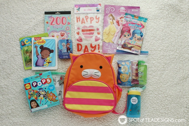 What to include inside airplane Travel Bags for Kids - age 2.5 | spotofteadesigns.com
