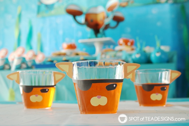 Octonauts party dessert ideas including a free printable to make a Kwazii jello cup! | spotofteadesigns.com