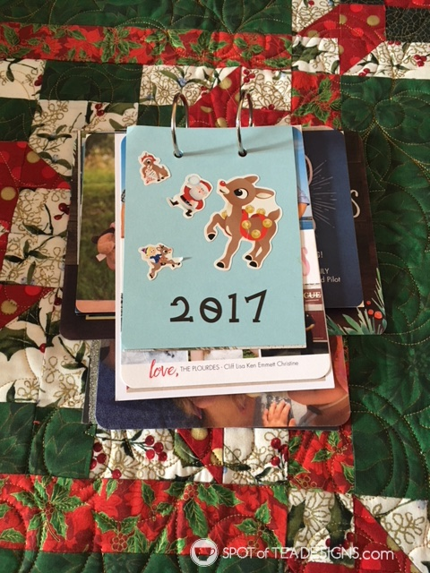 Spotofteadesigns.com reader's feature - christmas flip books by Debbie