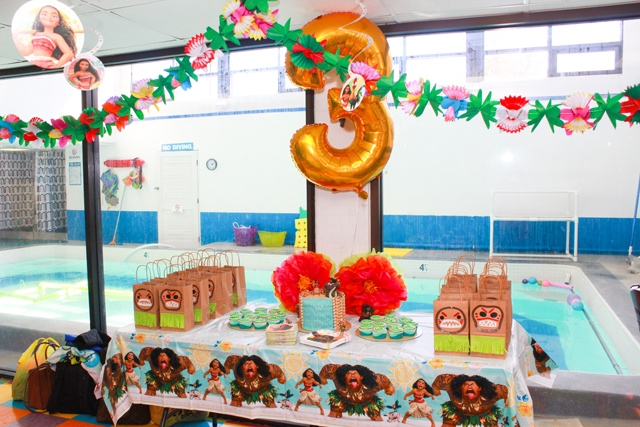 spotofteadesigns reader's feature showcasing Moana party printables in use in party space