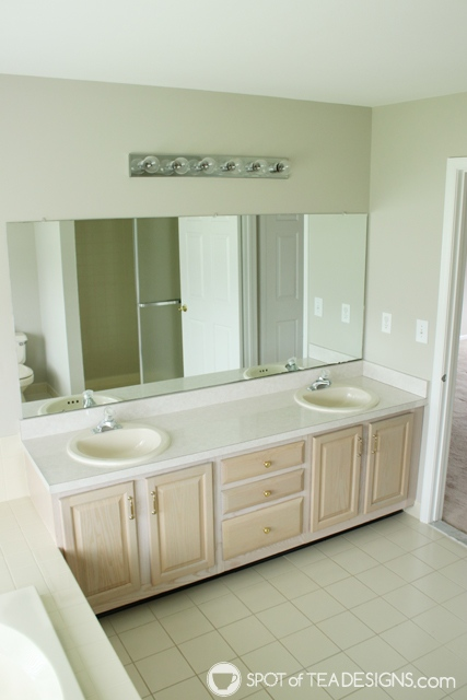 "Nehil Home Tour: the ""before"" photos - master bathroom 