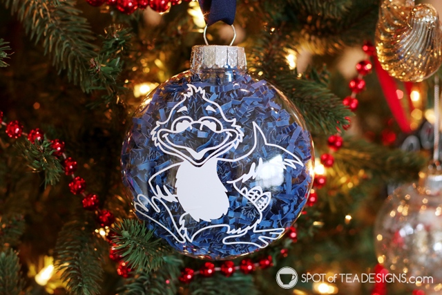 DIY Christmas Teacher Gift: Mascot Ornament with child's signature on the back - made with a cricut | spotofteadesigns.com