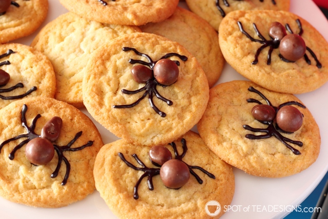 5+ budget friendly spider-man party hacks - semi homemade spider cookies | spotofteadesigns.com